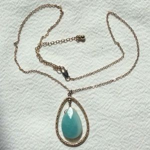LIGHT GREEN Faceted Stone Pendant Necklace
